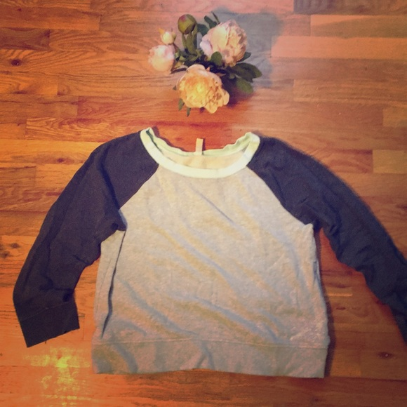 GAP Tops - GapFit Gray, charcoal, and mint raglan Sweatshirt